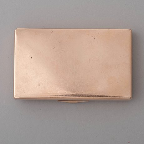 A russian early 20th century gold case, mark of morozov, st petersburg 1908-1917.
