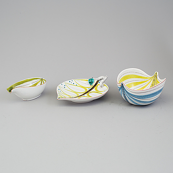 STIG LINDBERG, 3 skålar av fajans, Gustavsberg studio, 1940-/50-tal.