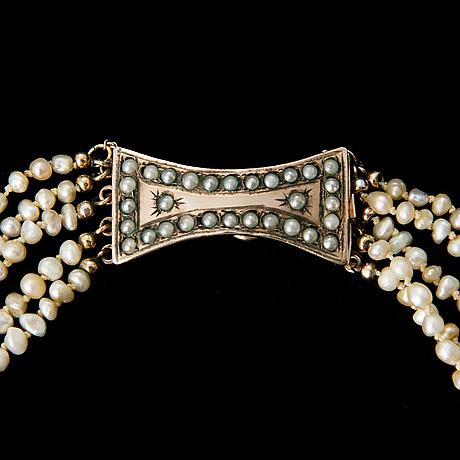 Collier, pärlor, lås 9k guld, tidigt 1800 tal