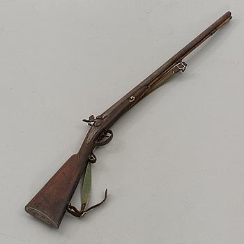 SLAGLÅSGEVÄR, dubbelpipigt, 1800-tal.