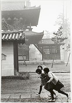 HENRI CARTIER-BRESSON, gelatinsilverfotografi stämplad av fotografen samt av Magnum Photos Incorporated a tergo.