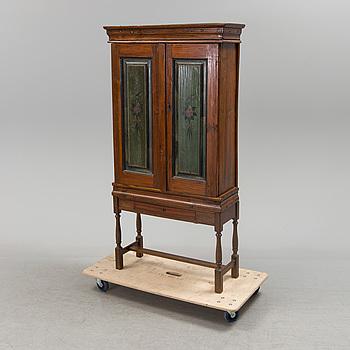 SKÅP, allmoge, daterat 1853.