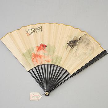 A fan leaf painting by Li Zhongqin, signed.