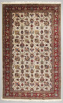 A CARPET, Tabriz, around 483 x 298 cm.