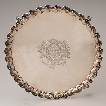 A LATE 18TH CENTURY SILVER TRAY, marks of John Carter II, London 1770.