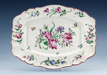 1402. A French Rococo faience serving dish, 18th Century.