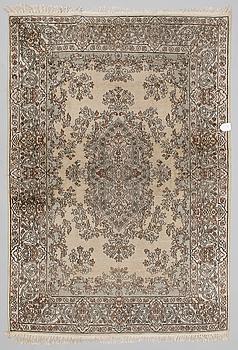 MATTA, orientalisk. Ca 215x148 cm.