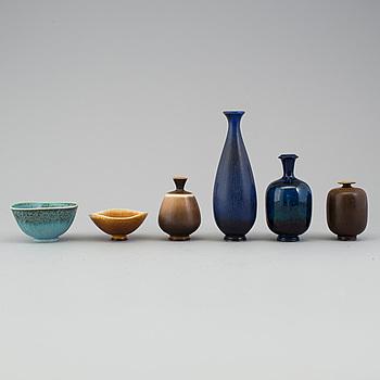 BERNDT FRIBERG, vaser, 4 st samt skålar 2 st, stengods, Gustavsberg studio, 5 signerade.