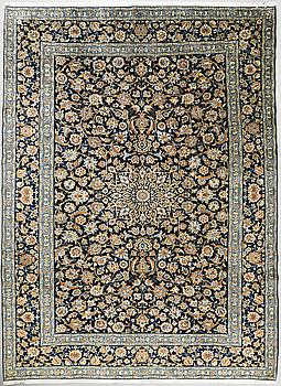 MATTA, Keshan, ca 380 x 275 cm.