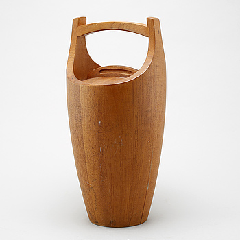 A teak ice bucket by Jens H Quistgaard for Dansk Designs, 1950/60s.