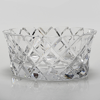 "GUNNAR CYRÉN, A glass bowl named ""Sofiero"", designed by Gunnar Cyrén for Orrefors, made in late 20th century."