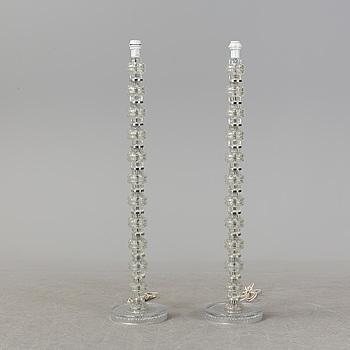GOLVLAMPOR, ett par, glas, 1900-talets andra hälft.
