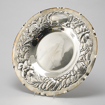 A silver plate by GAB, Stockholm, 1937.