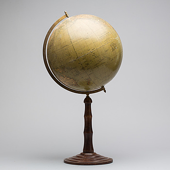 A German globe, first half of the 20th Century.