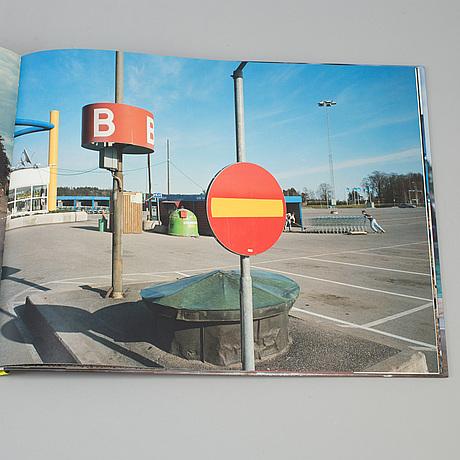 """Book, """"i love borÅs"""", lars tunbjörk, steidl, 2007."""