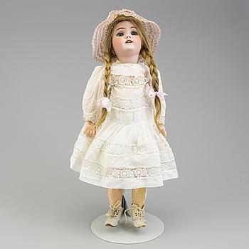 a Heinrich Hantwerck pocellain doll from around 1900.