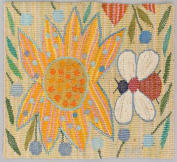 """VÄVNAD. """"Gul blomma med bi"""". Gobelängvariant. 28 x 30. Signerade AMF. (Ann-Mari Forsberg)."""