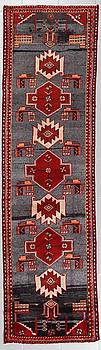 GALLERIMATTA, orientalisk, 270 x 76 cm.
