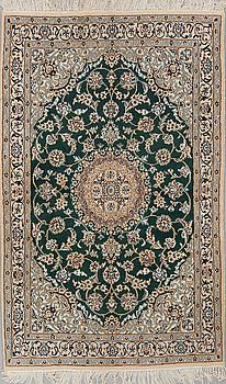 MATTA, Nain, part silk, 9 LAA, ca 182 x 114 cm.