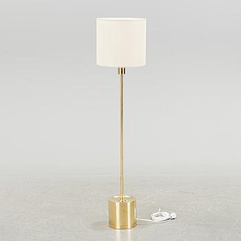 HANS-AGNE JAKOBSSON, HANS-AGNE JAKOBSSON, a brass standard light from Markaryd, second half of the 20th century.