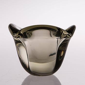 A Finnish presumably 1940s art glass for Nuutajärvi.