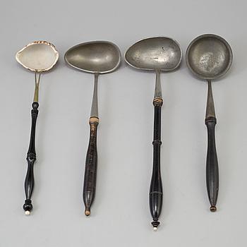 SOPPSLEVAR, 4 st, tenn och snäckskal, 1700-/1800-tal.