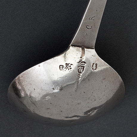A 17th century silver spoon, unidentified marks