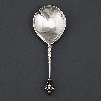 Sked med dubbel kerubknopp, bomärke, silver, Sverige 1600-tal.