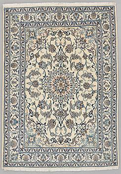 MATTA, Nain, part silk, ca 205 x 146 cm.