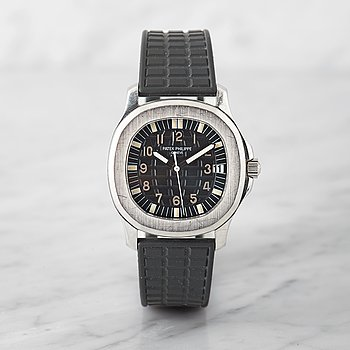 8. PATEK PHILIPPE, Aquanaut, wristwatch, 35 mm.