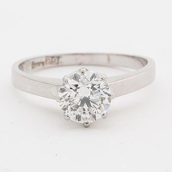RING, 18K vitguld med briljantslipad diamant ca 1.00 ct.