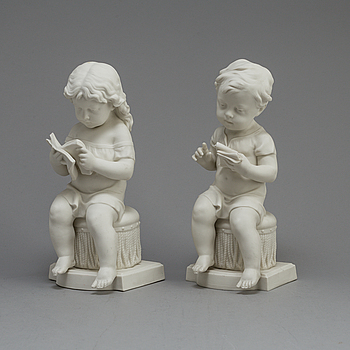 TWO PARIAN FIGURES, Gustafsberg 1911.