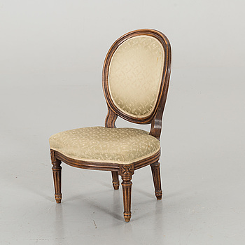 A GUSTAVIAN STYLE CHAIR FOR CHILDREN.