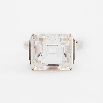 WIWEN NILSSON, ring, Lund, 1944, silver med trappslipad bergkristall.