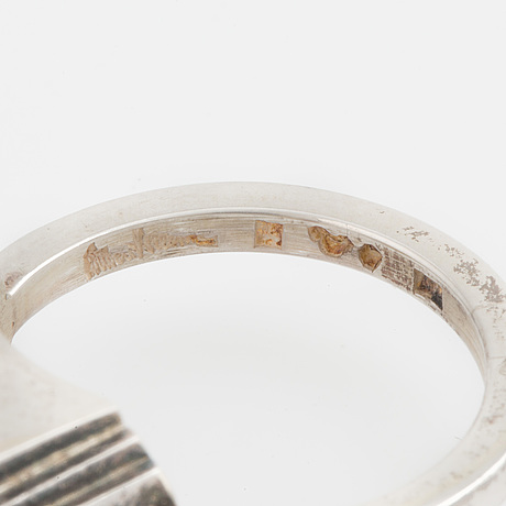 Wiwen nilsson, ring, lund, 1944, silver med trappslipad bergkristall