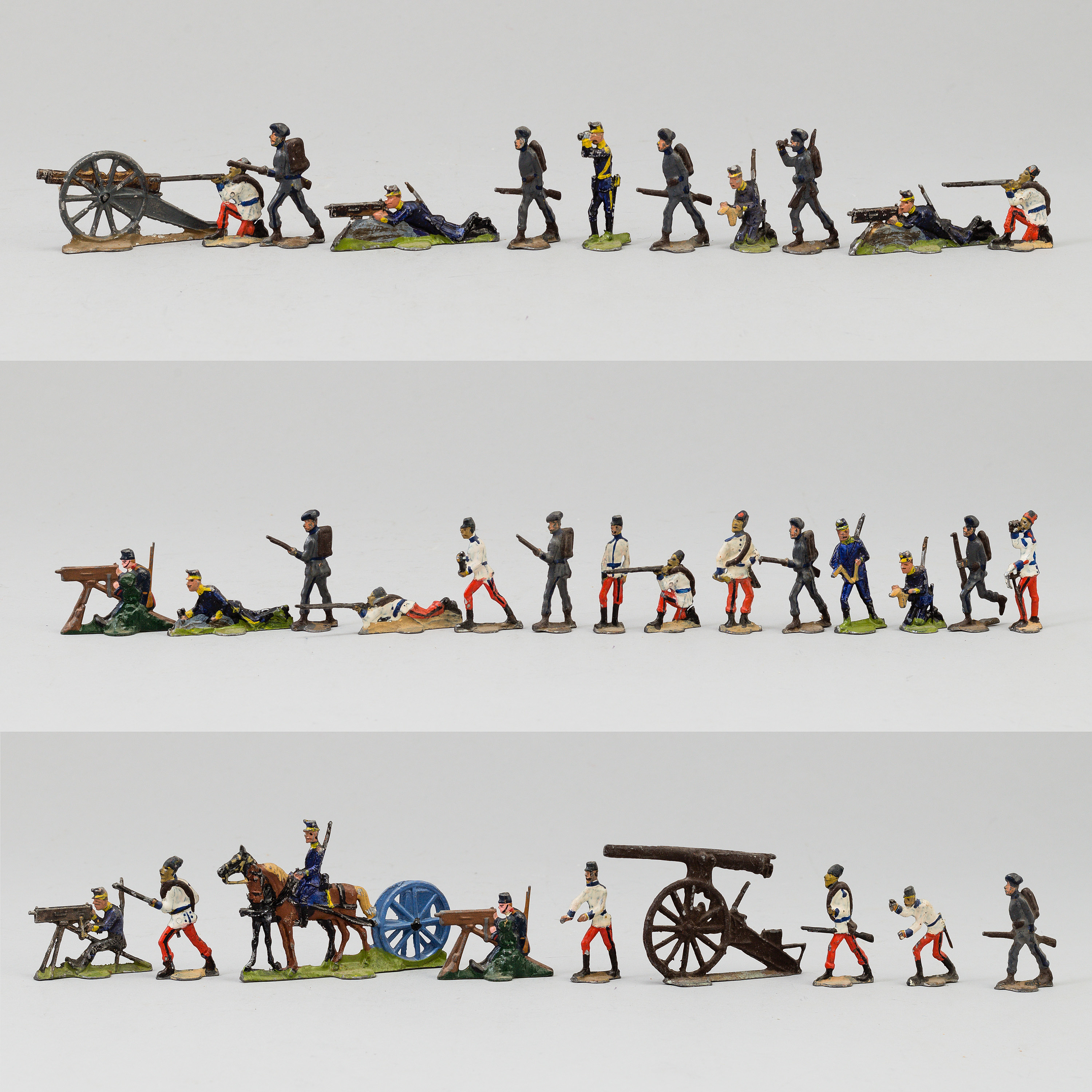 A SET OF TOY SOLDIERS, ca 55 pieces  - Bukowskis