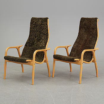 YNGVE EKSTRÖM, YNGVE EKSTRÖM, a pair of 'Lamino' beech easy chairs from Swedese.