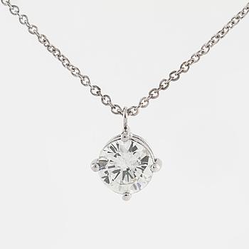 HÄNGE, med briljantslipad diamant 1.01 ct.