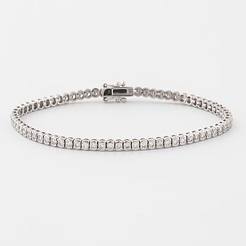 ARMBAND, med briljantslipade diamanter, ca 3.10 ct.