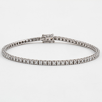 ARMBAND, med briljantslipade diamanter, ca 2.15 ct.