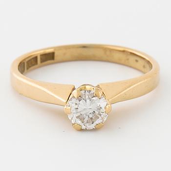 RING, med briljantsliapd diamant ca 0.50 ct, JS Guldsmide, Göteborg, 1996.