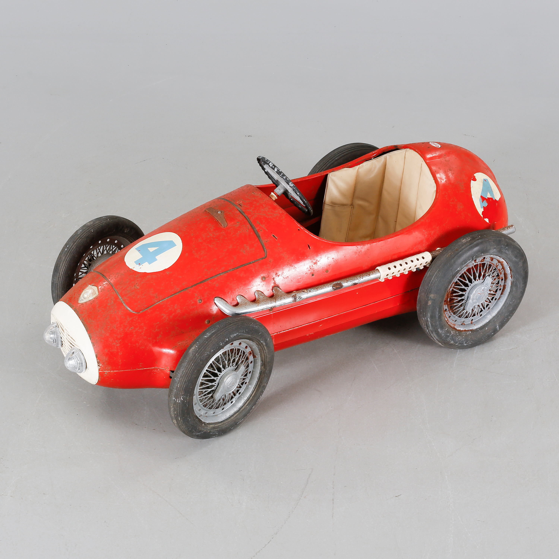 A 1950 60s Giordani Pedal Car Ferrari Indianapolis Bukowskis