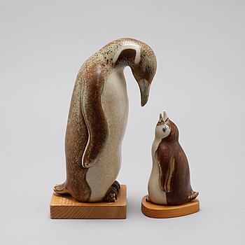 GUNNAR NYLUND, figuriner, ett par från Fauna-serien, stengods, Rörstrand, lanserad 1966.