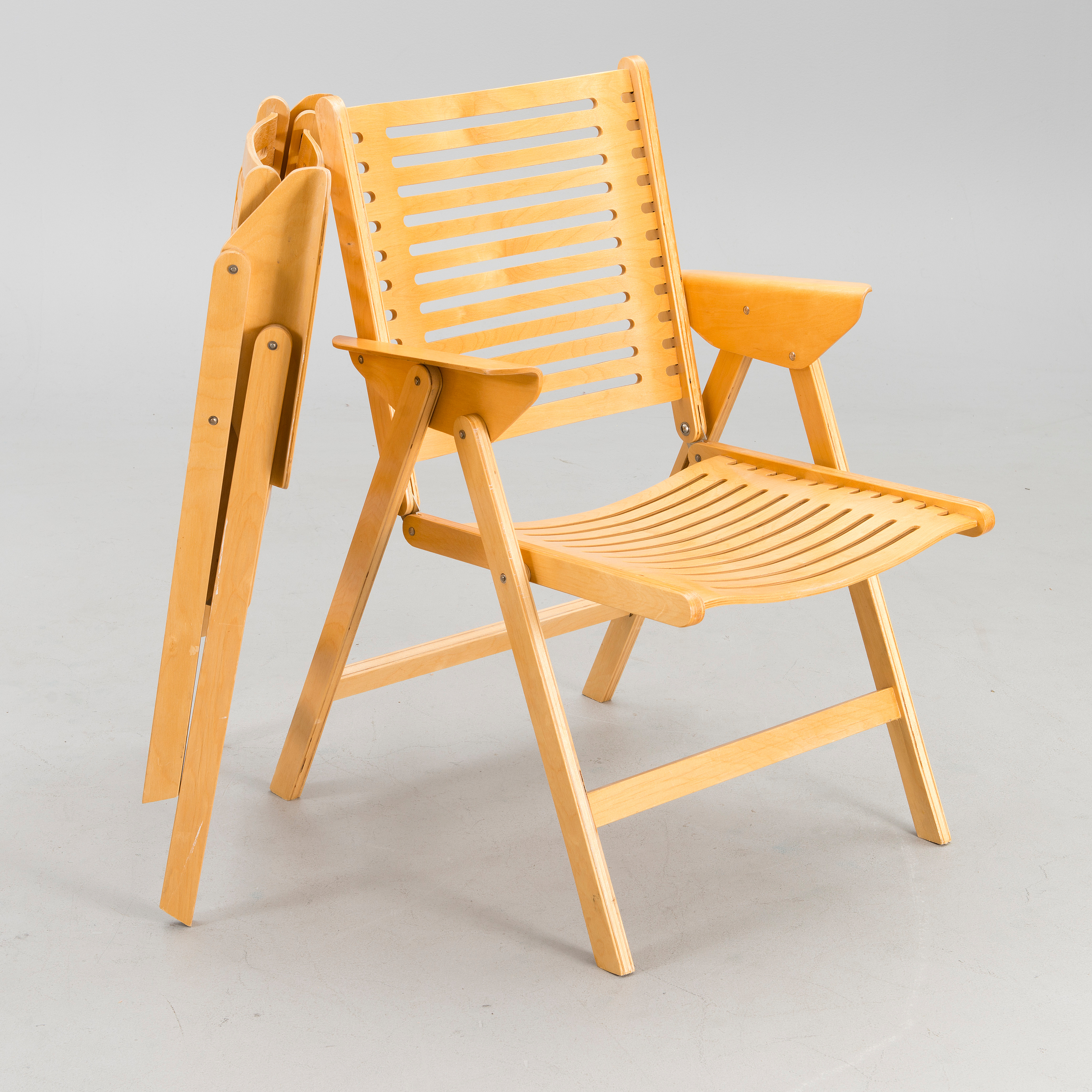 Brilliant A Pair Of Rex Lounge Chairs Designed In 1952 Bukowskis Theyellowbook Wood Chair Design Ideas Theyellowbookinfo