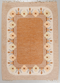 A flat weave signed GG, probably Gitt Grännsjö-Carlsson, second half of the 20th century, 233 x 170 cm.
