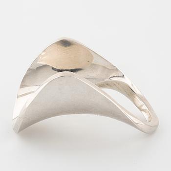 PEKKA PIEKÄINEN, a ring, made in Kultaseppä, Åbo 1973.