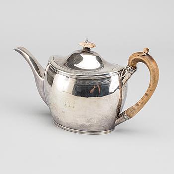 ROBERT HENNELL/DAVID HENNELL tekanna silver, London 1798.