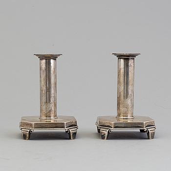 DAVID ANDERSEN & COMP AB, ljusstakar, ett par, silver, Stockholm 1939. Vikt ca 365 gram.