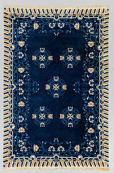 MATTA, old, Kina, ca 184 x 122 cm.