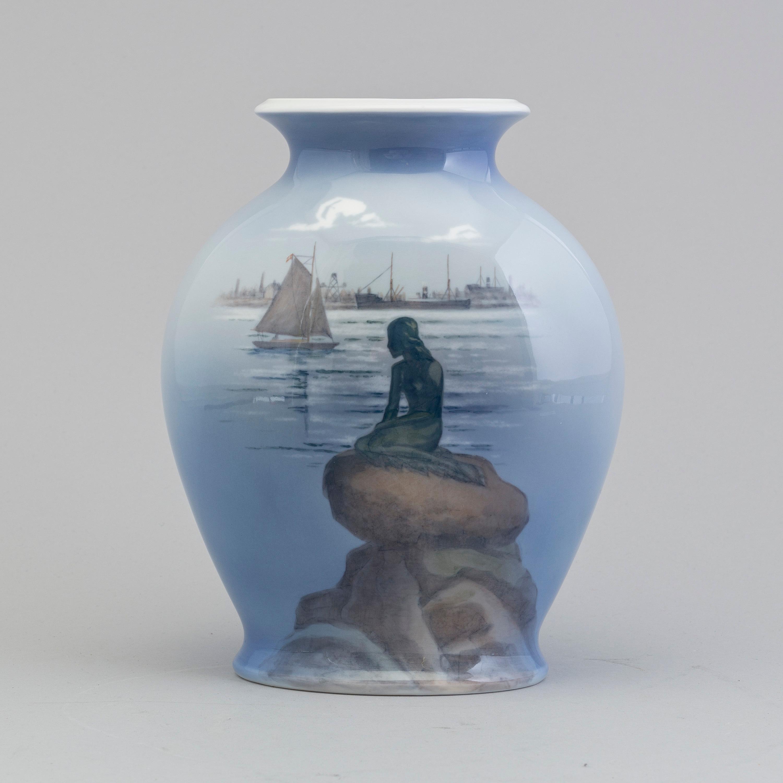 Royal copenhagen a porcelain vase by royal copenhagen bukowskis 10670415 bukobject reviewsmspy